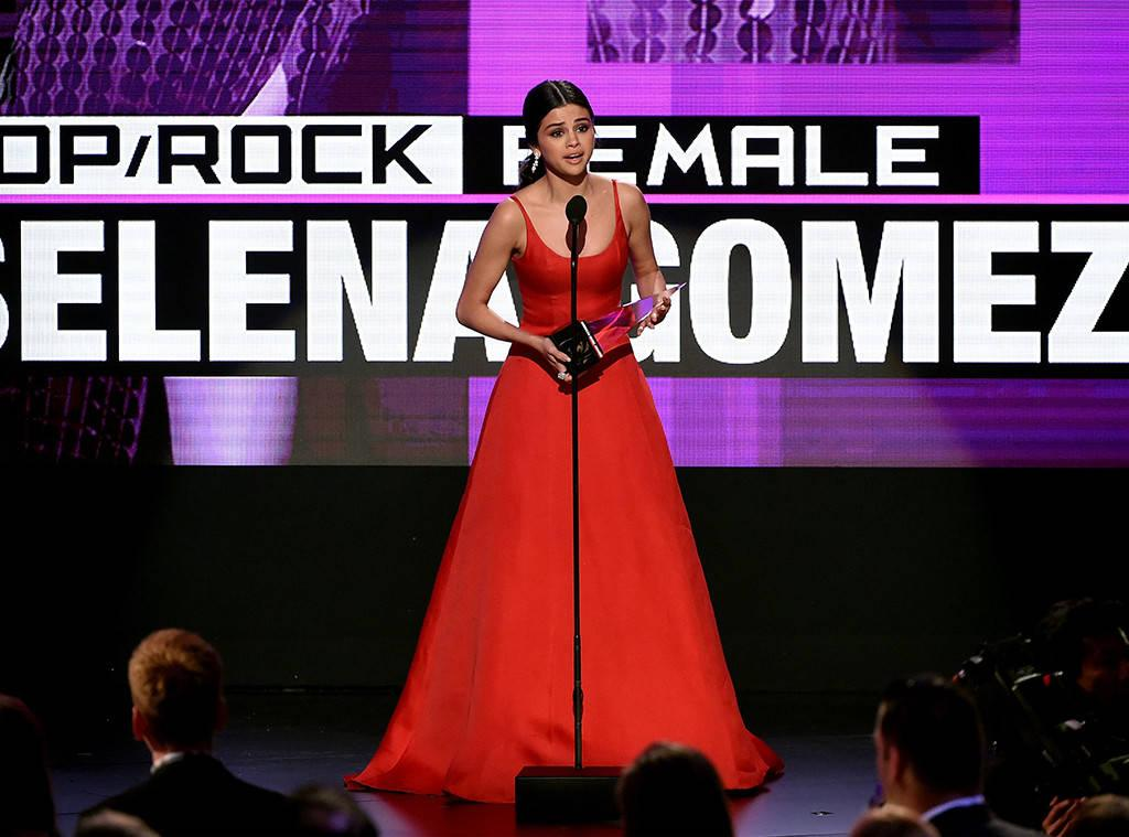Rs 1024x759 161120201638 1024 selena gomez 2016 american music awards 2 kg 112016